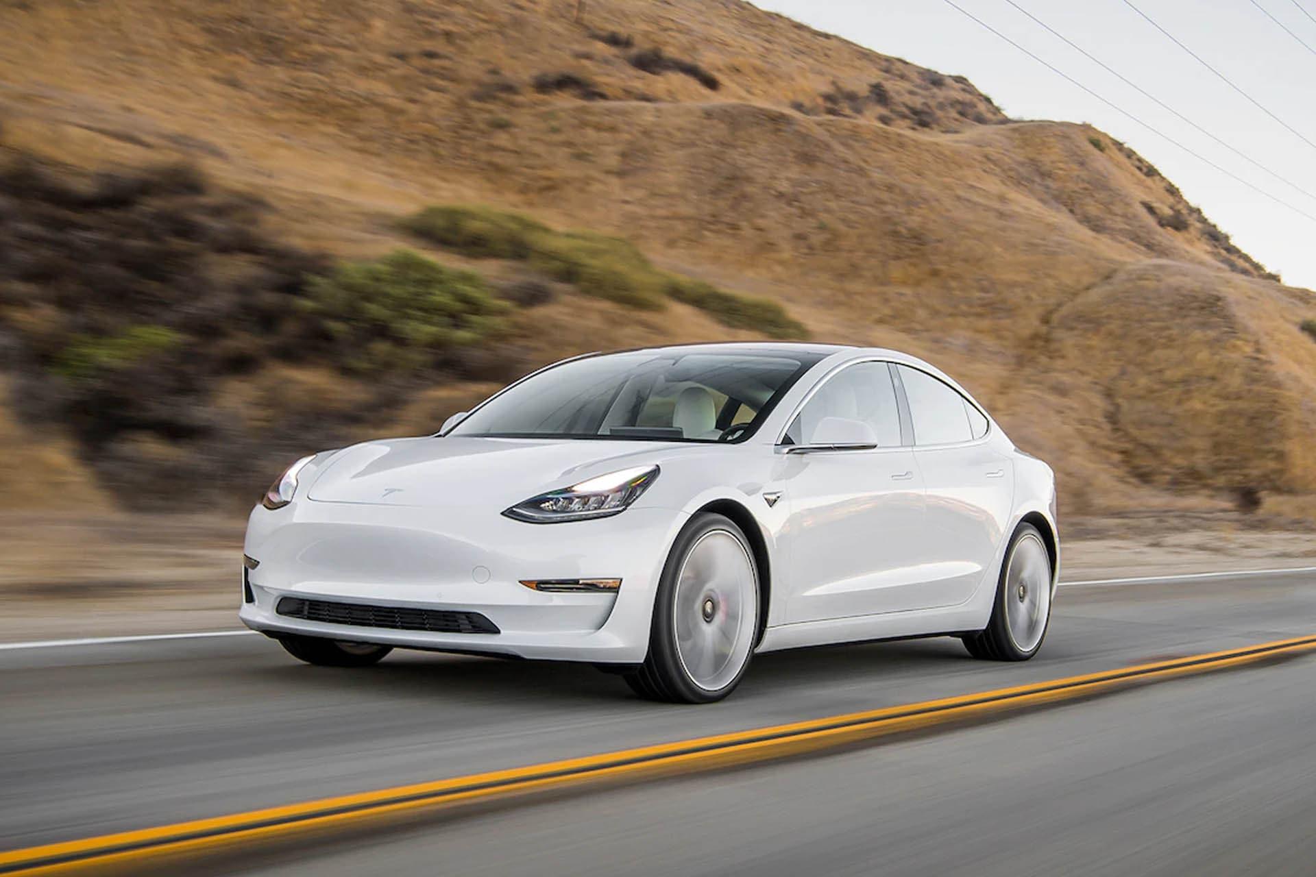 Me Tinder Tesla Cums Termine เซ็กซ์คลิป ในรถ